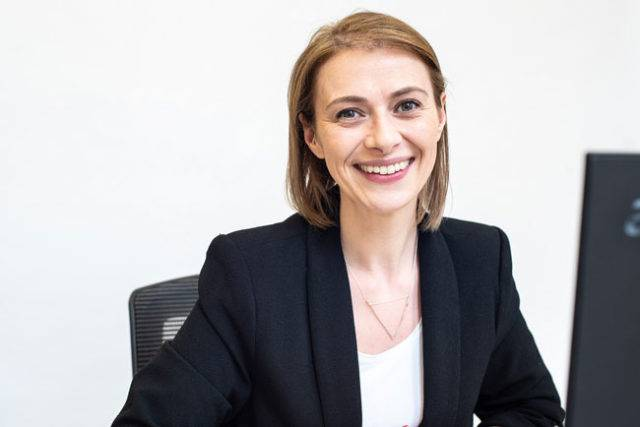 Victoria Tretis, Online Business Coach